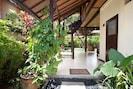 Villa Coco - 2 Bedroom Garden Bungalow