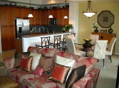 Livingroom/Dining Room/Kitchen