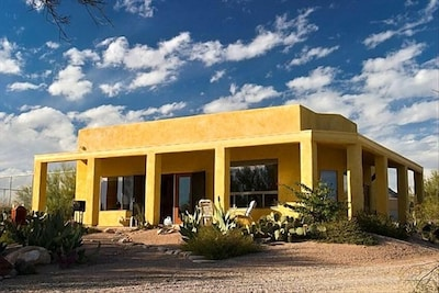 Casita Del Sol.......Little Sunshine House