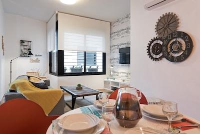 Nuevo apartamento de 1 dormitorio en el centro de Málaga con aparcamiento y piscina en la azotea