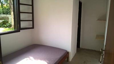 Casa, quarto inteiro e quarto compartilhado - Juréia de São Sebastião