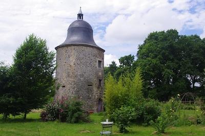 Cautare Mayenne Housekeeper.)