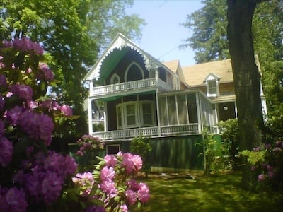 Large 1875 Victorian, Shelter Island Heights (in town location, steps to beach)