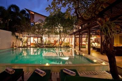6 Bedrooms CAS Villa Near Sanur Beach