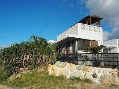 Brand-New House & 30 Sec to beach