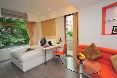 Luxury Studio in Wan Chai