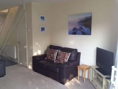 Central Cornwall, 2 Double Bedroom Holiday Home, patio overlooking play park.