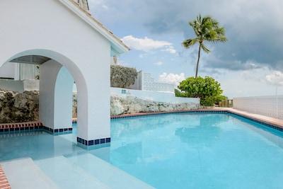Delaporte Point, Nassau, New Providence Island, Bahamas