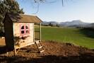 pour les jeunes enfants,  une cabane avec une magnifique vue !