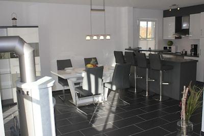 """Herzlich Willkommen in unserer liebevoll eingerichteten Wohnung """"Windrose 1""""!"""