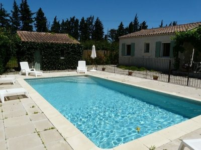 Location vacances avec piscine privée à Graveson