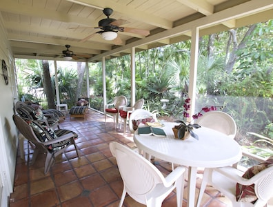 Large open secluded lanai overlooking the gardens.