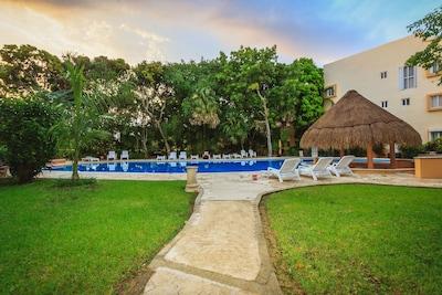 Paseo del Sol, Playa del Carmen, Quintana Roo, Mexico