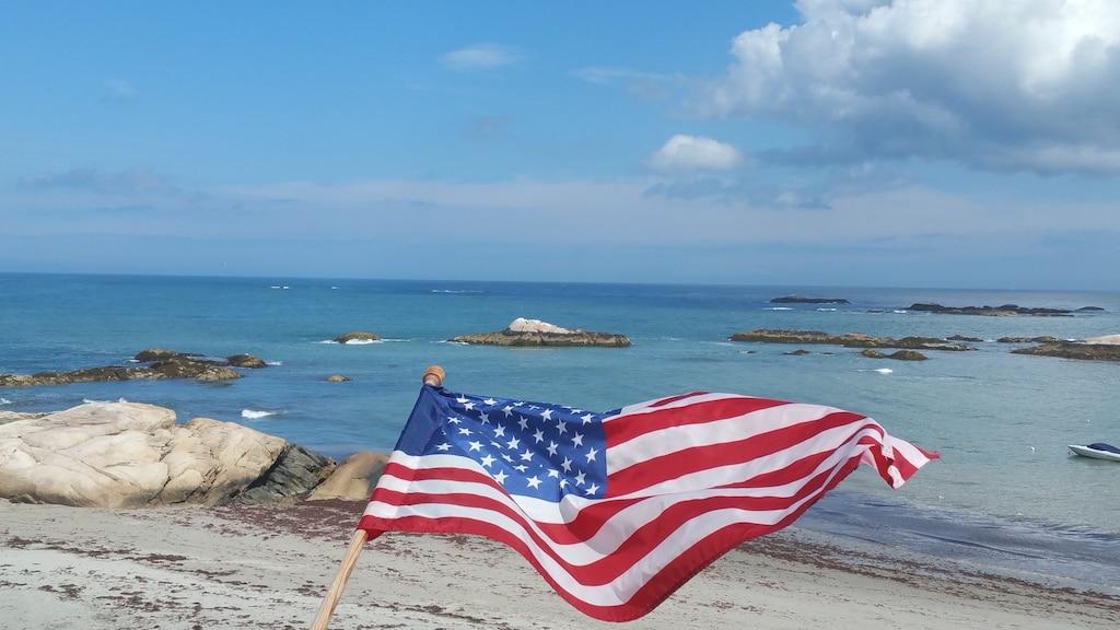 Direct Oceanfront On Minot Beach Sleeps 6 Plus Scituate