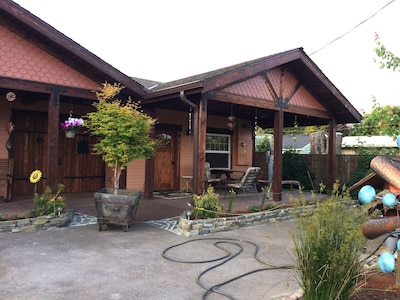 Guest House is to right of Main House with spa room in-between