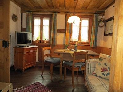Bauernhaus Ferien – 48m² mit Kaminofen-Stube