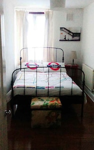 Cozy 1 bedroomed apartment close to the City  of London.
