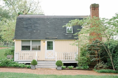 Charming Cottage at Spotswood Lodge