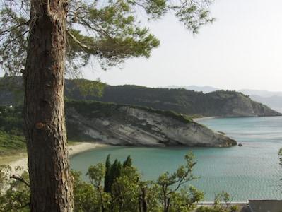 Les plages  Vue nord depuis la route du Cap Corse