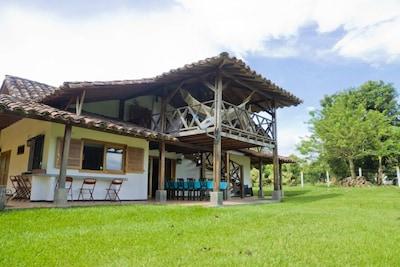 Hermosa Finca para 13 personas, Quimbaya