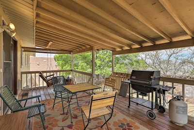 Enjoy peace, privacy, and views from this home in Page, AZ!