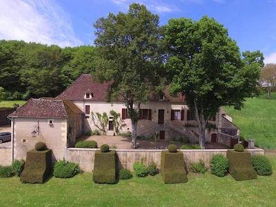 Saint-Parize-le-Chatel, Nievre, France