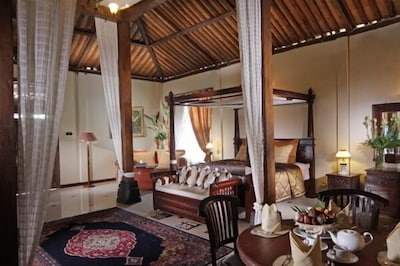 Royal Villa traditional Javanese Joglo