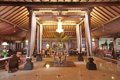 Deluxe Villa traditional Javanese Joglo