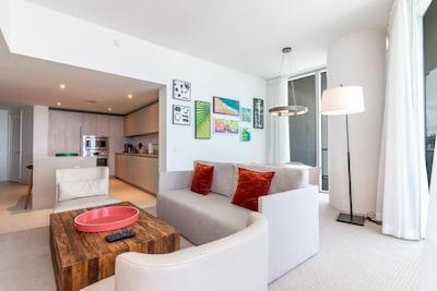 Hollywood Beach Apartment