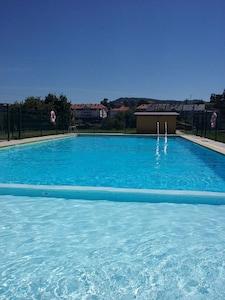 OFERTA!! Acogedor apartamento c/terraza, jardín y piscina cerca playas