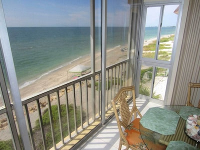 over looking the beach from 3rd floor