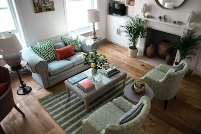 Brand New  Stunning Luxury Garden and Ground Floor Apartment