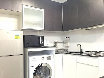 Close to Steven's MRT, 1-bed in Singapor
