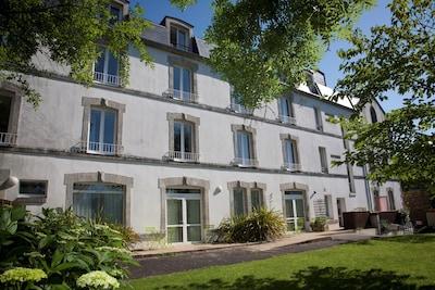 Ecole Speciale Militaire de Saint-Cyr, Guer, Morbihan, France