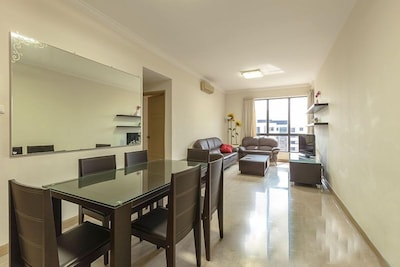 SUPERIOR 3-BEDROOM IN NOVENA