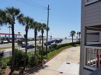 Beachfront Suites are conveniently located 61st & Seawall. 1/1, Sleeps 6