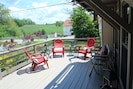 Large front deck with spectacular view of CW Klay Winery