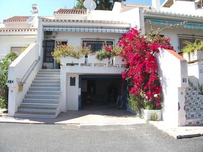 Casa Maracaibo, encantadora villa con piscina, WiFi, Almuñecar, Costa Tropical
