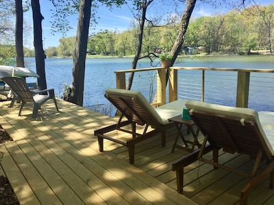 Brand new deck right on the lake