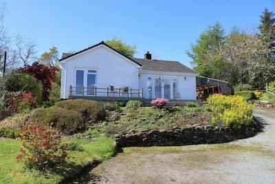 Drumgarry - Skye house with breathtaking sea views.