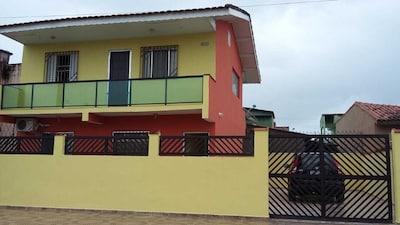 Excelente e confortavel casa térrea para temporada