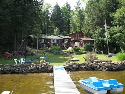 4 Bedroom Waterfront Cottage on Bob Lake (Minden)