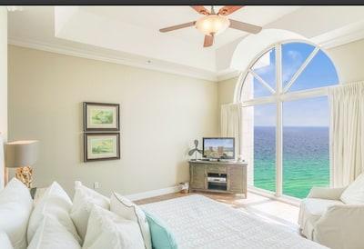 Panoramic Luxurious Condo! Elite Catogery