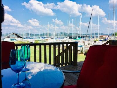 Beautiful view of the sailboats at Lake Guntersville.