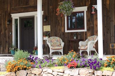 Enjoy some front porch sitting!