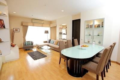 Central Sukhumvit Bangkok 3 Bedroom Apt.
