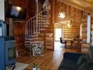 Chaletwohnung Blockhütte mit Hängematte und Himmelbett-Wohnbereich