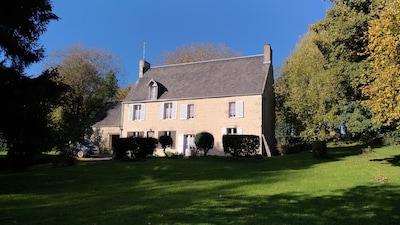 Tilly-sur-Seulles, Calvados (département), France