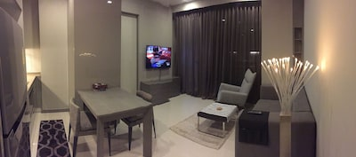 Luxury & Cosy stay at Central Silom