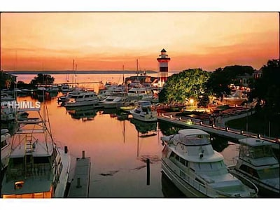 walk to restaurants, shopping, water sports and entertainment